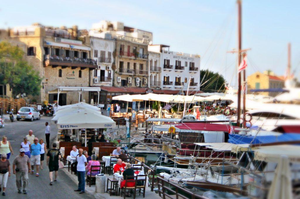 HAVNELIV: Havnepromenaden i Kyrenia.