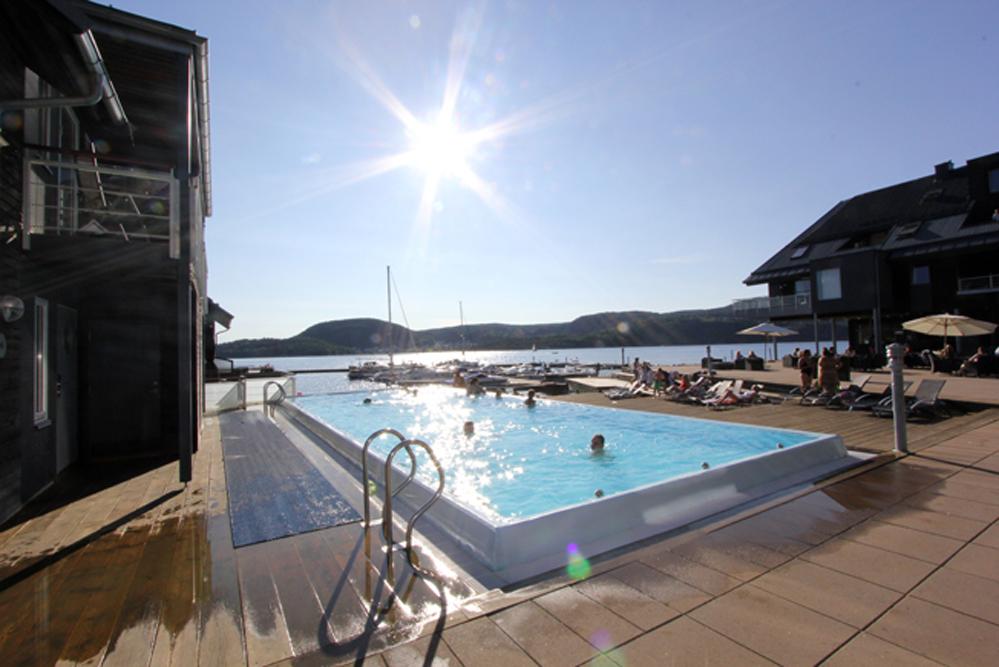 Holmsbu spa byr på både strand og oppvarmet basseng.