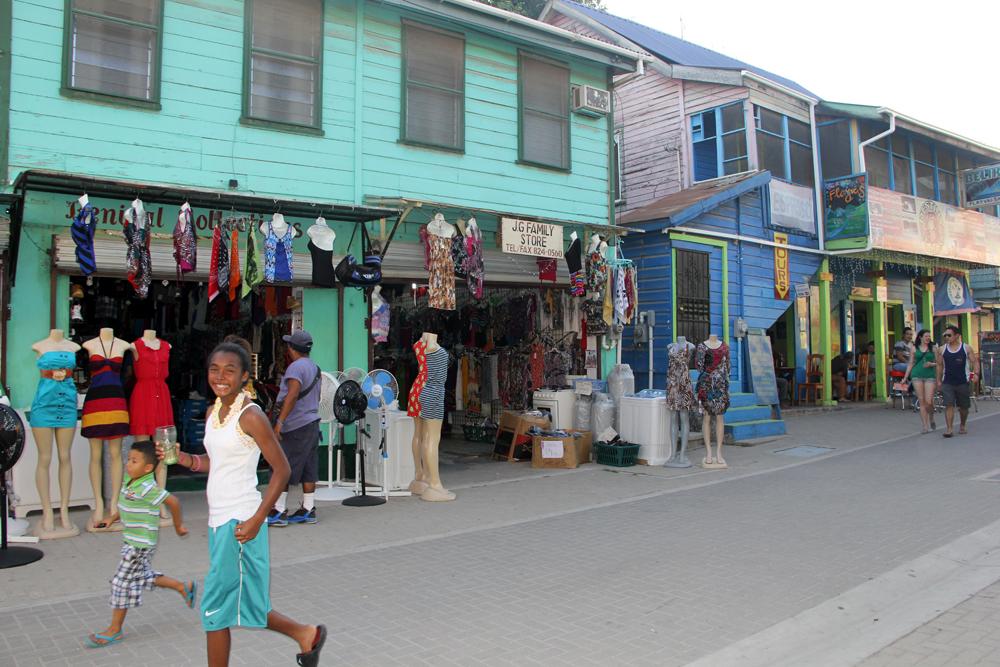 Fargerike San Ignacio, Belize.