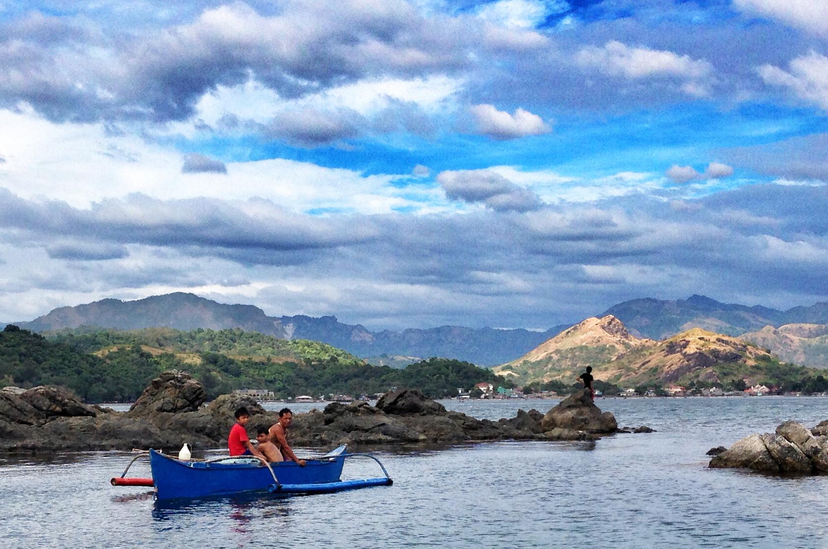 Subic Bay ligger i ly av fjellene.