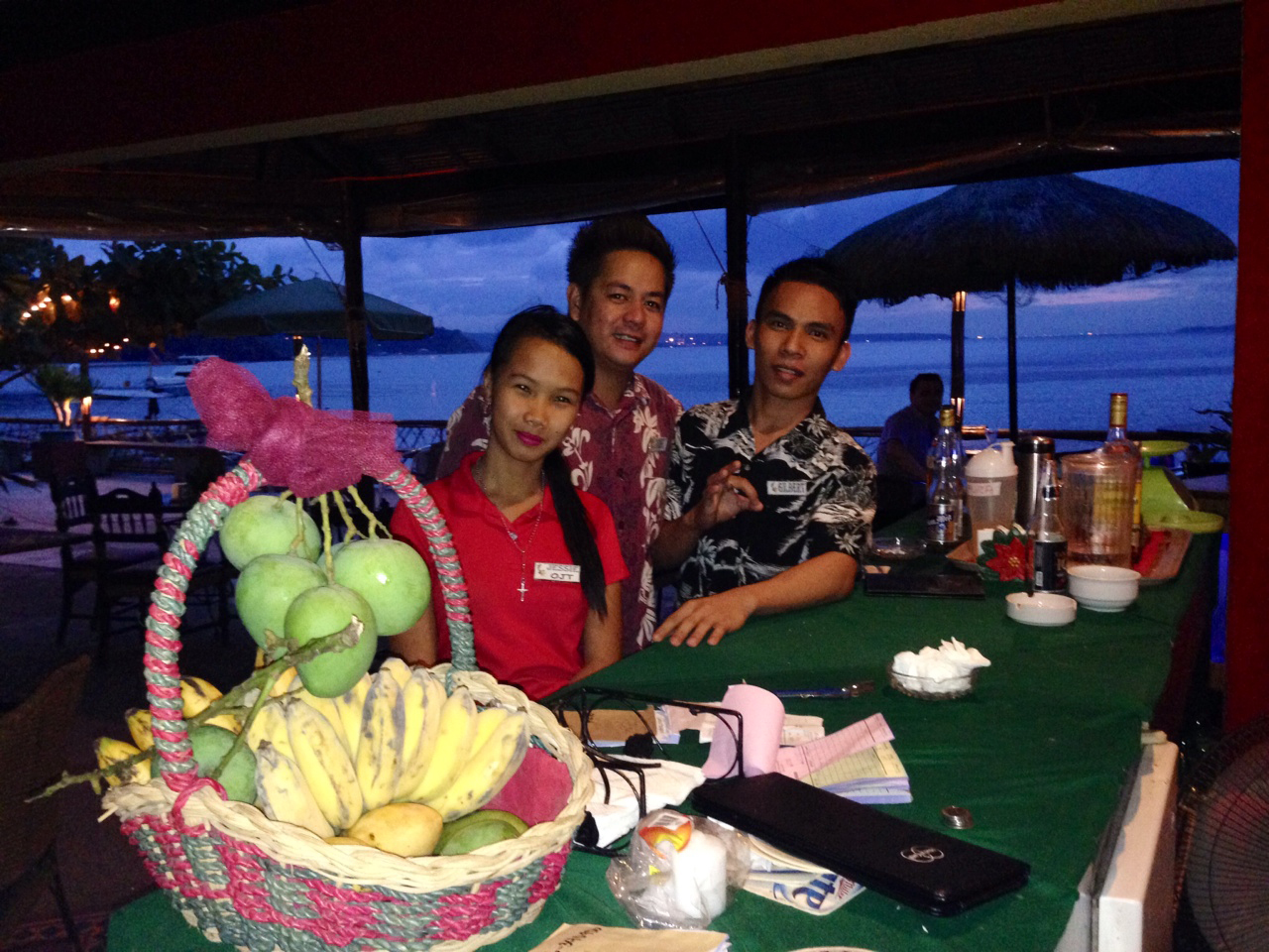 Jessie, Noriel og Gilbert på Papagayo.