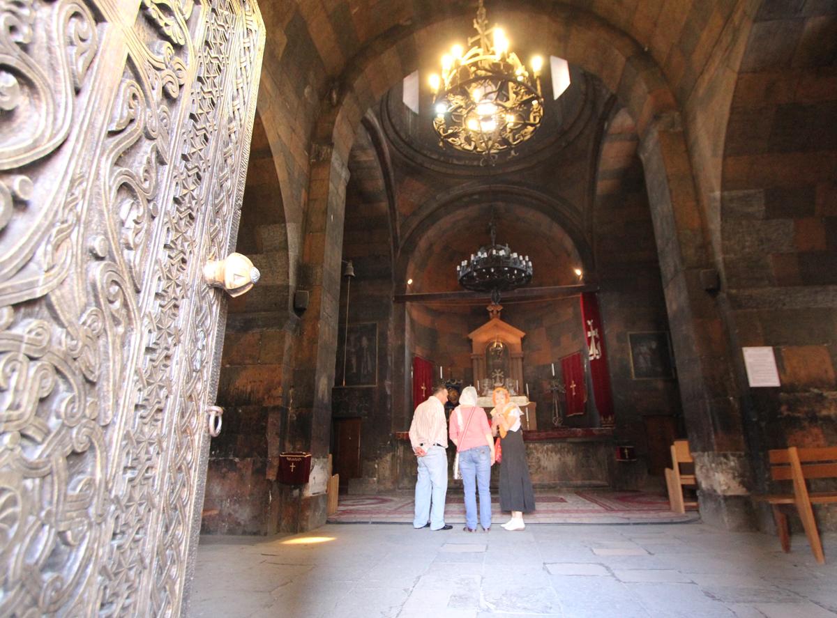 Inne i St. Astvatsatsin-kapellet.