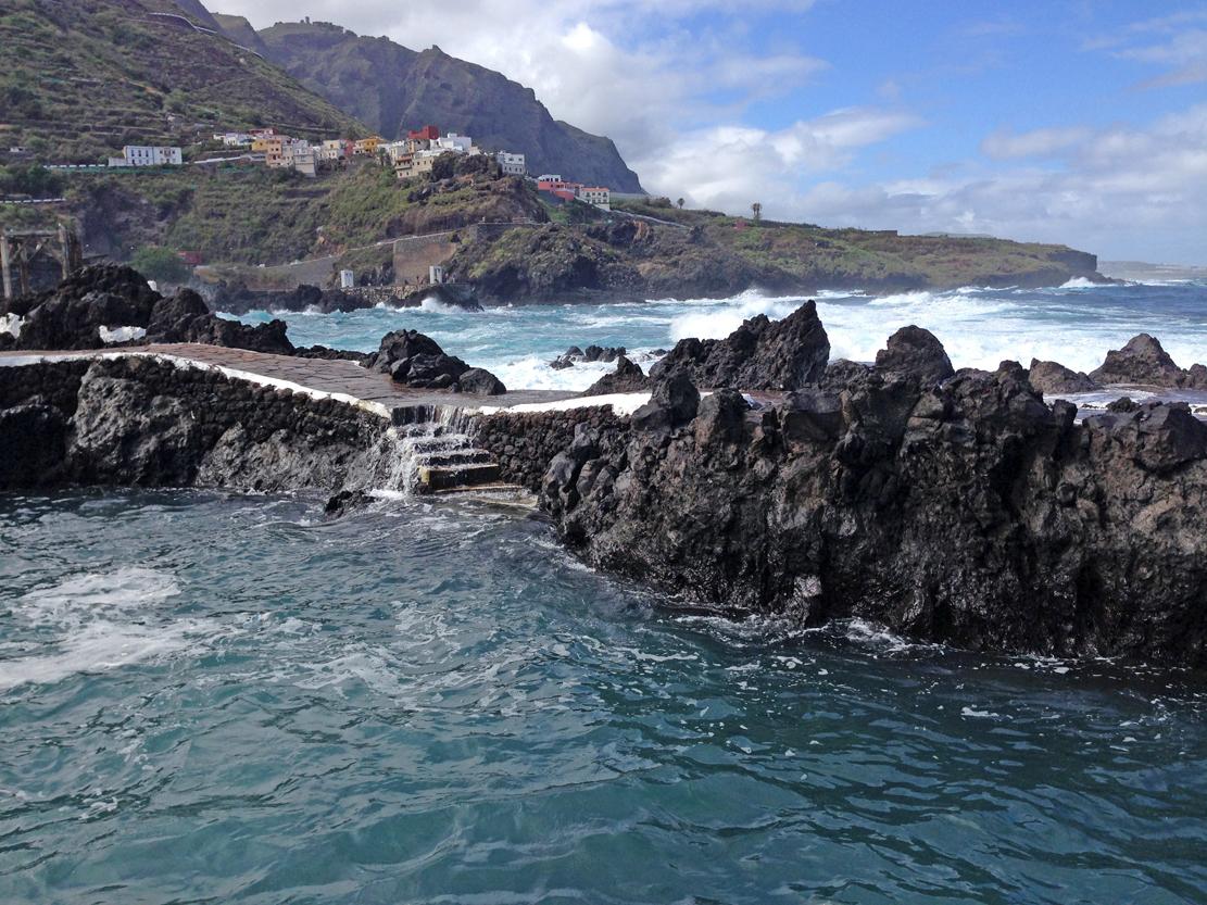 "Naturlige ""havbasseng"" i Puerto de Garachico ."