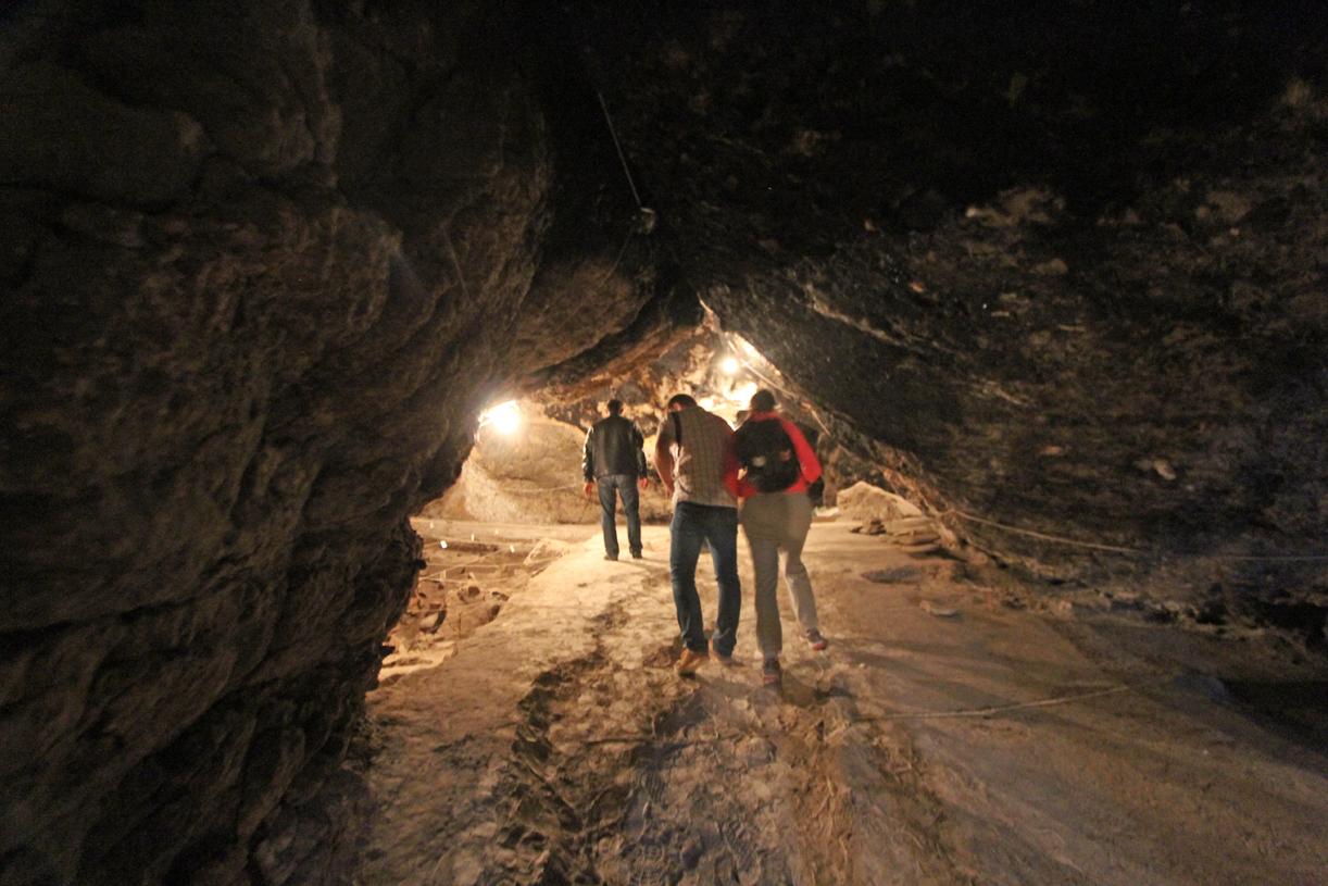 Hulen i Areni er et av verdens nyeste arkeologiske utgravninger. Den er fortsatt under utgravning, og dermed stengt for turister.