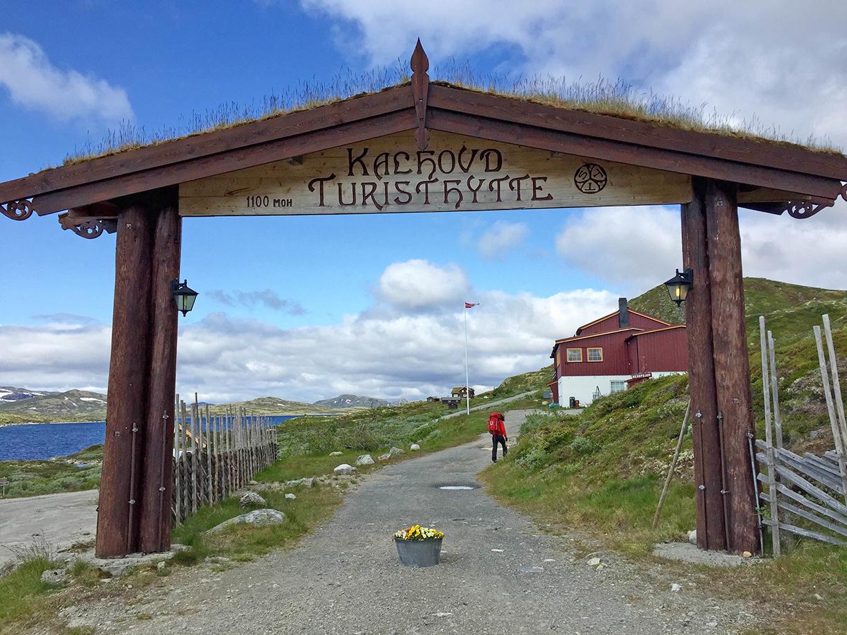 Kalhovd turisthytte 1100 meter over havet så fristende ut fra solensgen ved Det kaspiske hav.