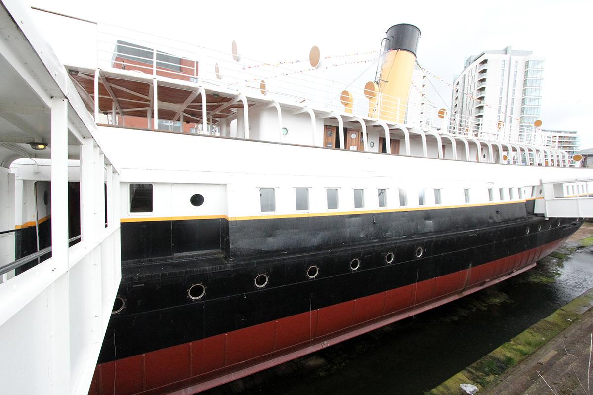 SS «Nomadic« er det eneste gjenlevende skipet fra White Star-rederiet. Det ligger utenfor Titanic-senteret og er verdt et besøk.