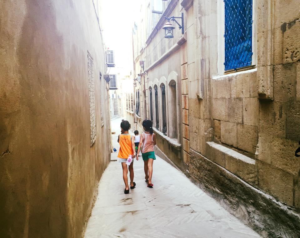 Barn i gamlebyen.