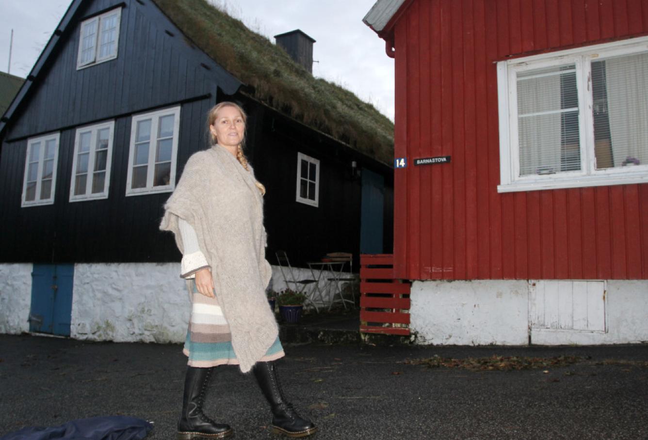 Tone-Lill på catwalken i Gamle Torshavn.