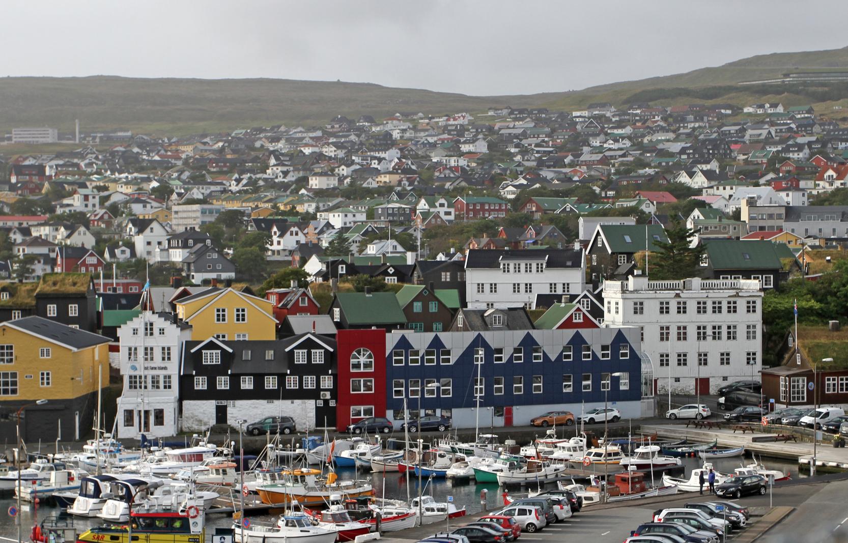 Torshavn fra festningen.