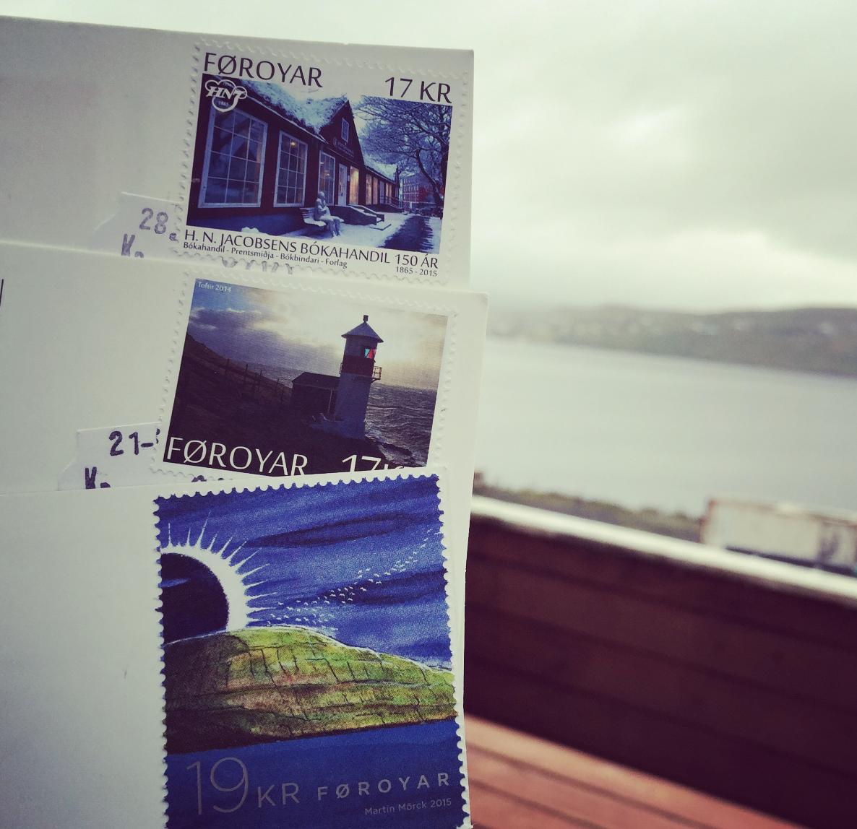 De færøyske frimerkene går rett hjem hos naturelskere.