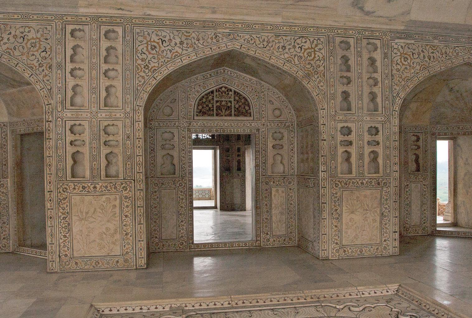 Det ble ikke spart på marmoren, verken i Taj Mahal eller Agra Fort.