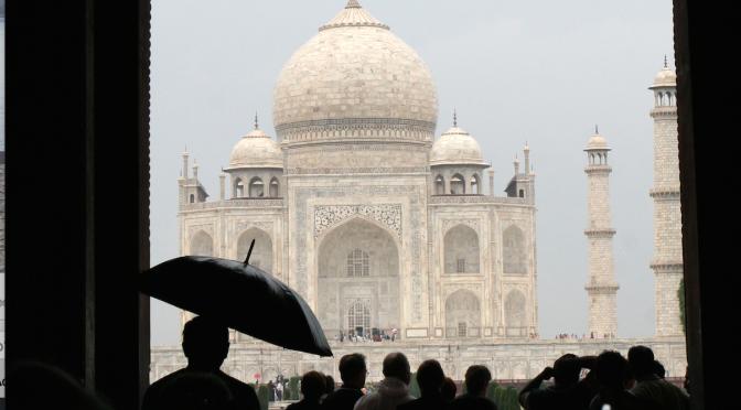Nesten alene i Taj Mahal