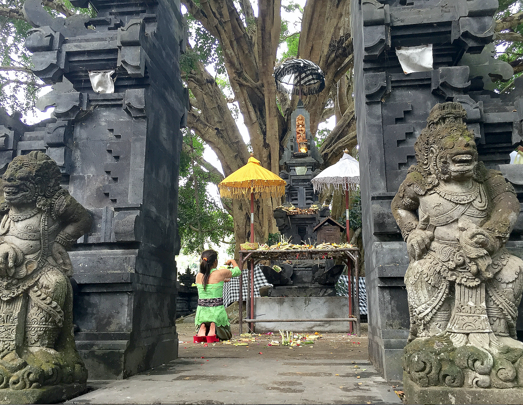 Tempelet er blant øyas mest besøkte pilgrimsteder for bønn.