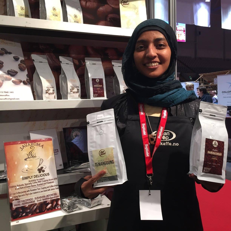 Indonesias stand byr på smakprøver og salg av diverse Java-kaffe av høy kvalitet.