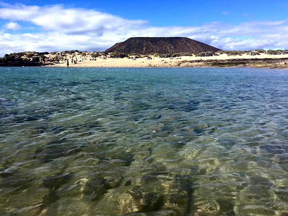 Langrunne Playa de Concha på Isla de Lobos.