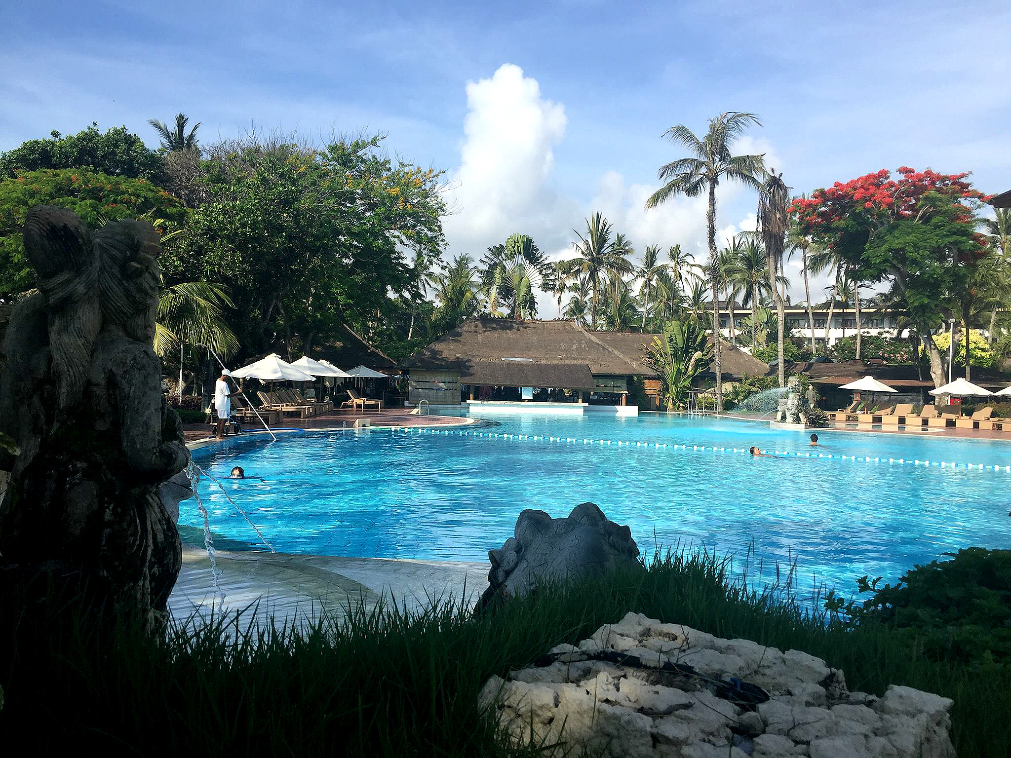 Prama Sanur Beach Hotel har to basseng i tillegg til privat strand.