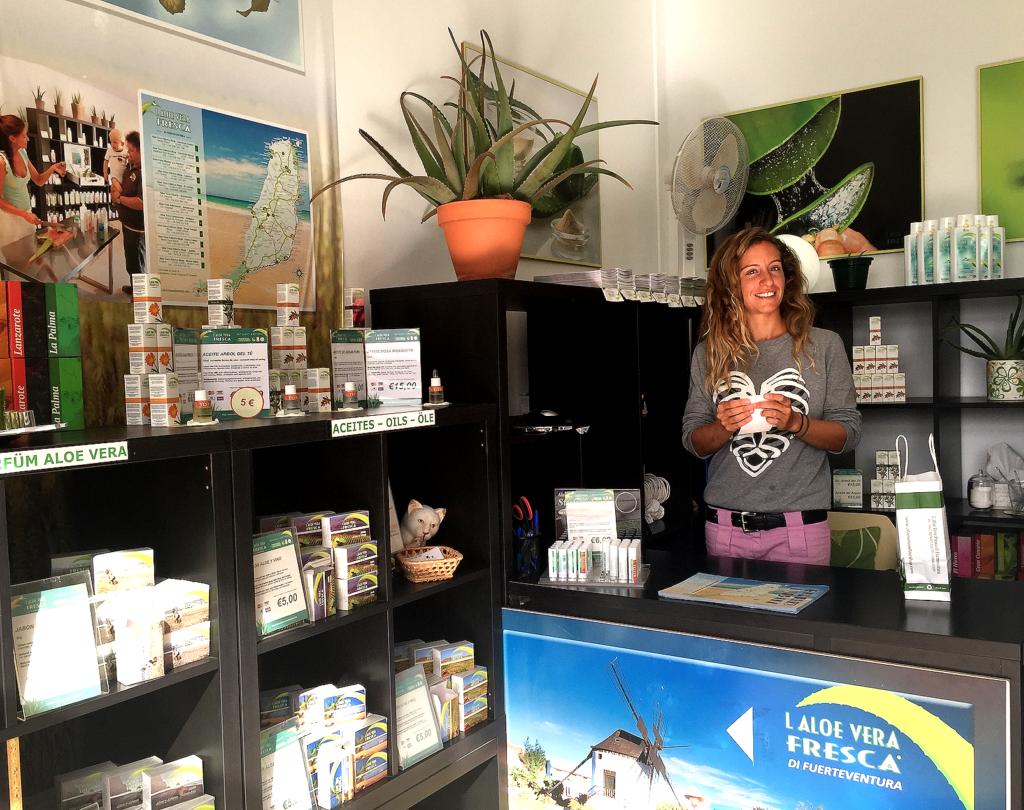 Samantha Carabellese gir meg en rask innføring i Aloe Vera-plantens fantastiske egenskaper.