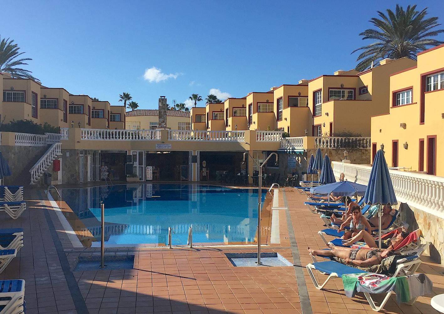 Hotel Maxorata Beach. Uten strand vel og merke.