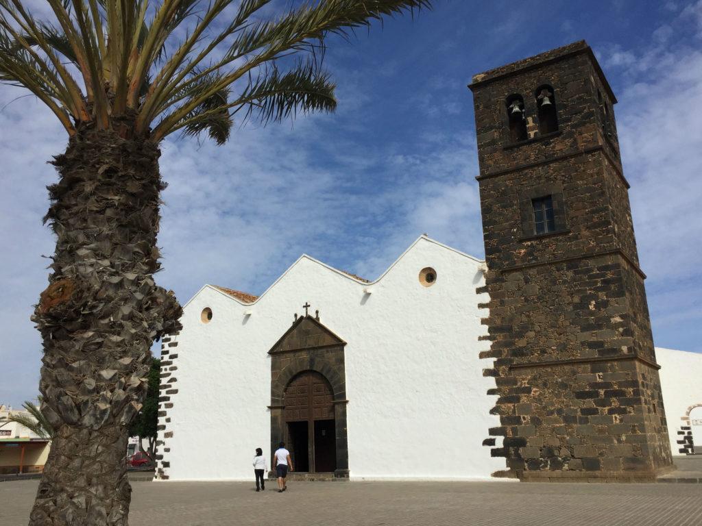 Vår Frue Kirke i La Oliva søndag ettermiddag.