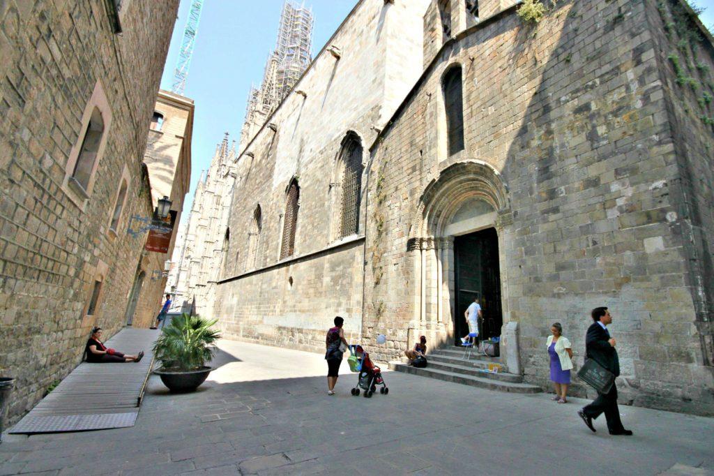 SKYGGEFULT: katedralen Santa Creu.