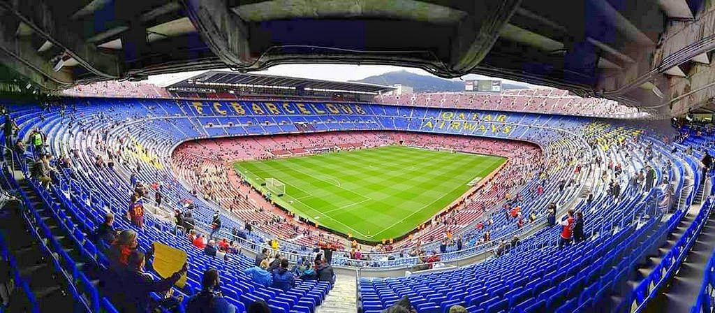 EUROPAS STØRSTE: Camp Nou er verdens største fotballstadion. Foto: Omar Taher. https://www.flickr.com/photos/81399520@N00/26443540473