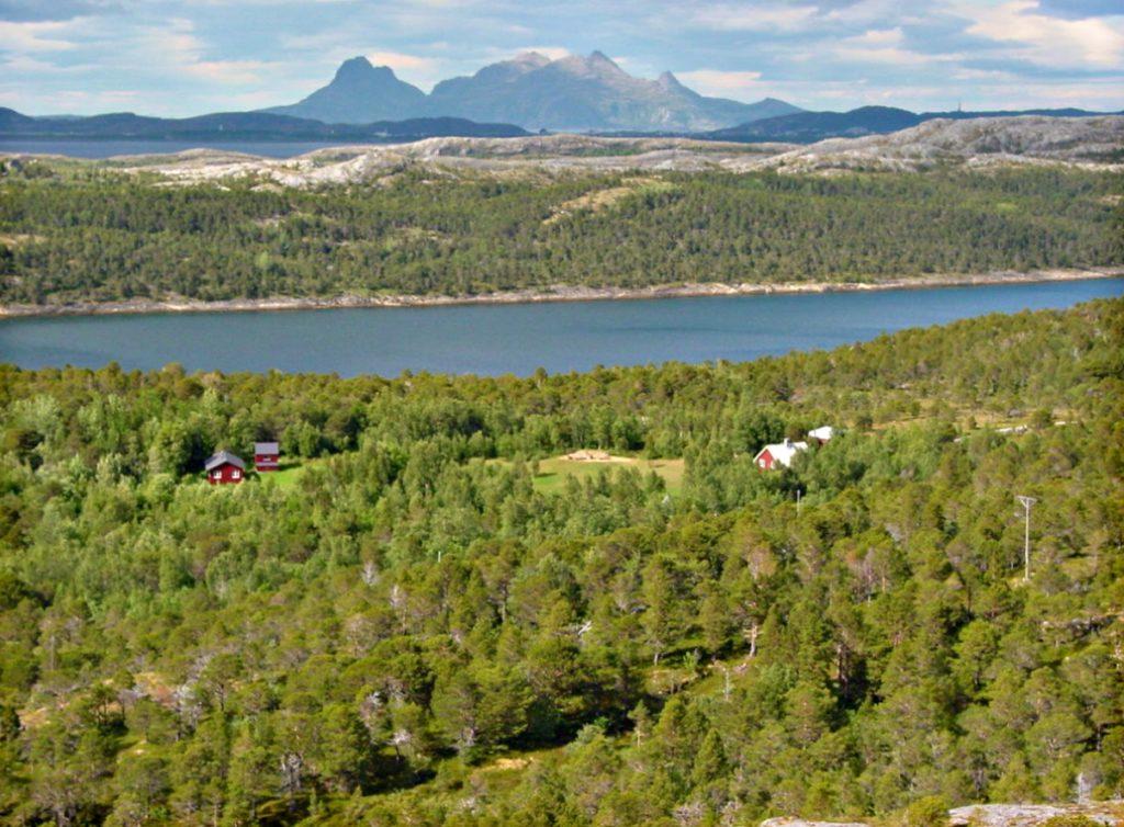 NORDLAND: Utsikt fra Guvåghytta utenfor Bodø. Foto: Kristin Green Nicolaysen/DNT.