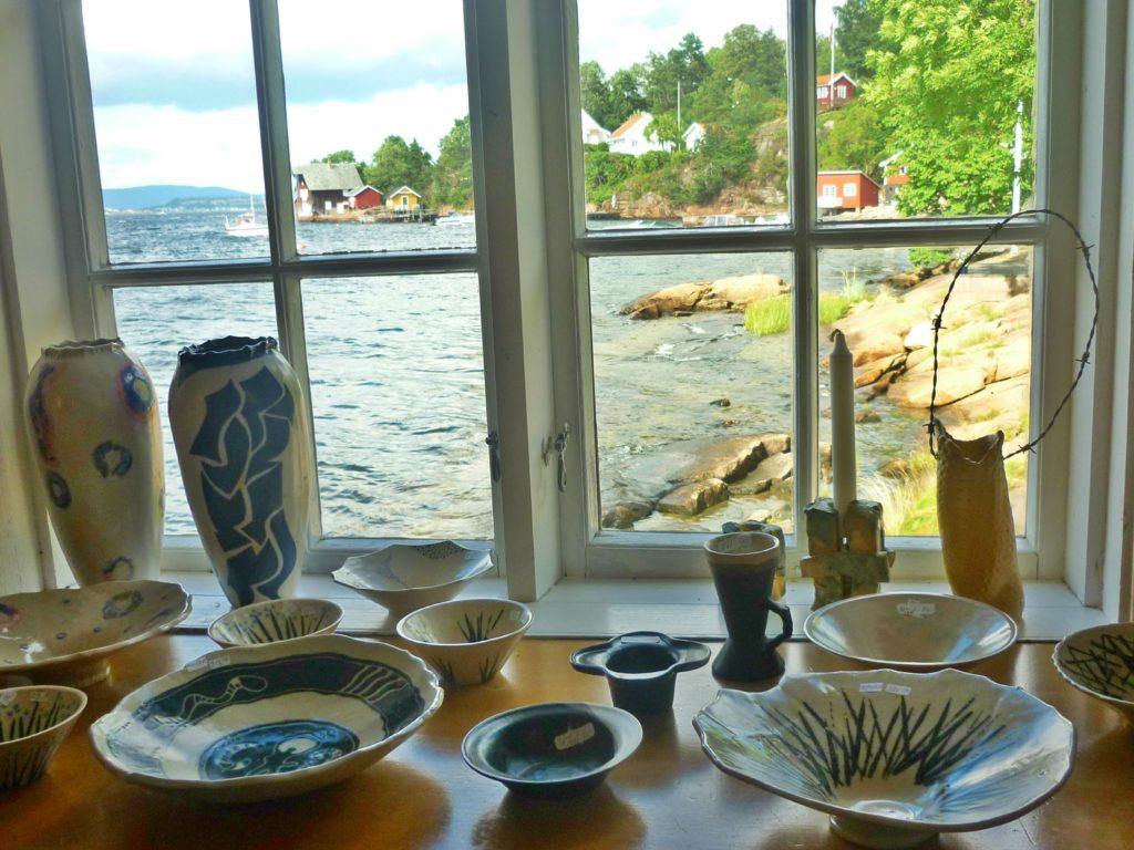 IDYLL: Utsikt innover Drammensfjorden fra sjøbua på Støa.