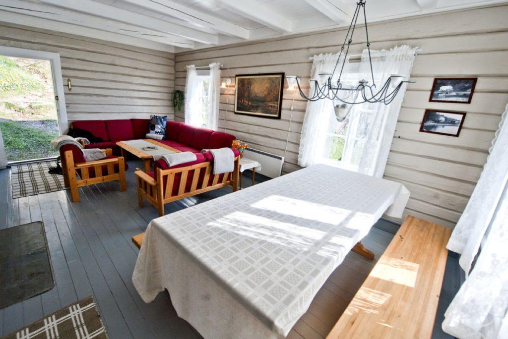 ROMANTISK: Slik bor du i Sildevika. Foto: DNT.