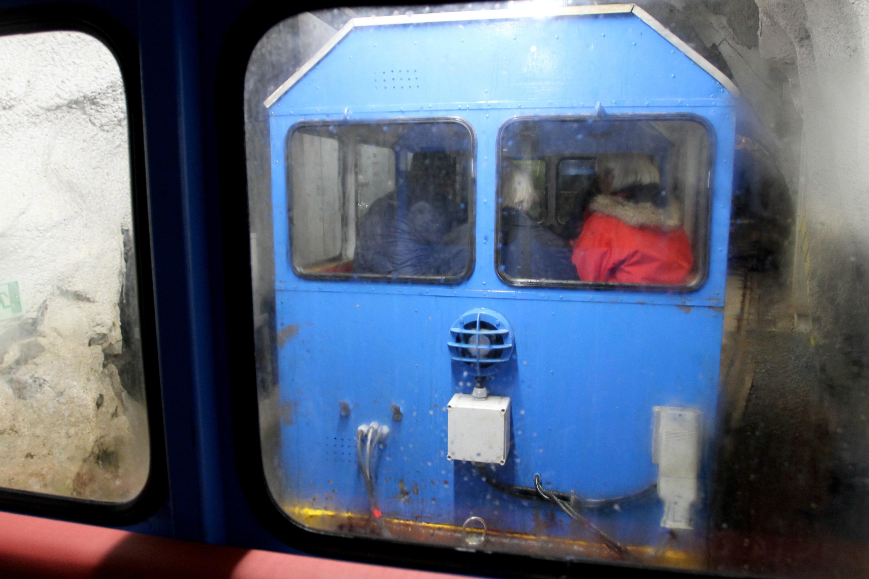 FØRSTE VOGN: Gaustabanen ble åpnet for publikum i 2010, og det første som møter oss denne blå vognen.