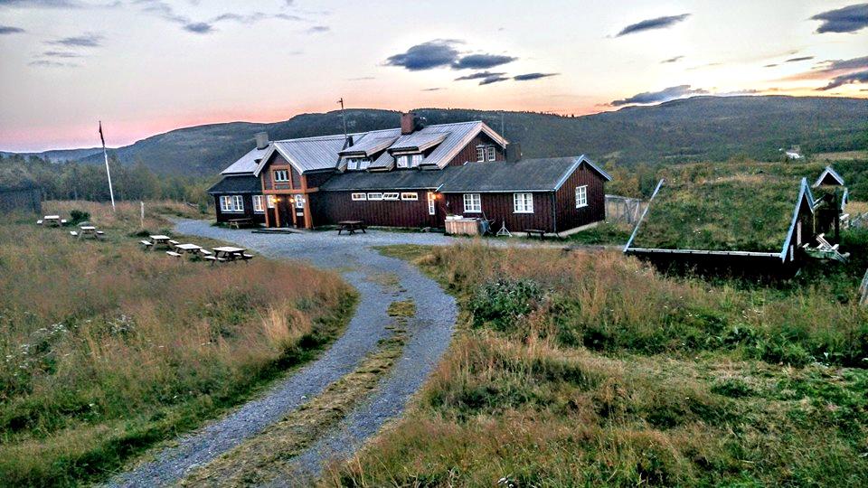 EVENTYRLAND: Liomseter ligger midt i fet av Norges flotteste og minst utbygde turområder.