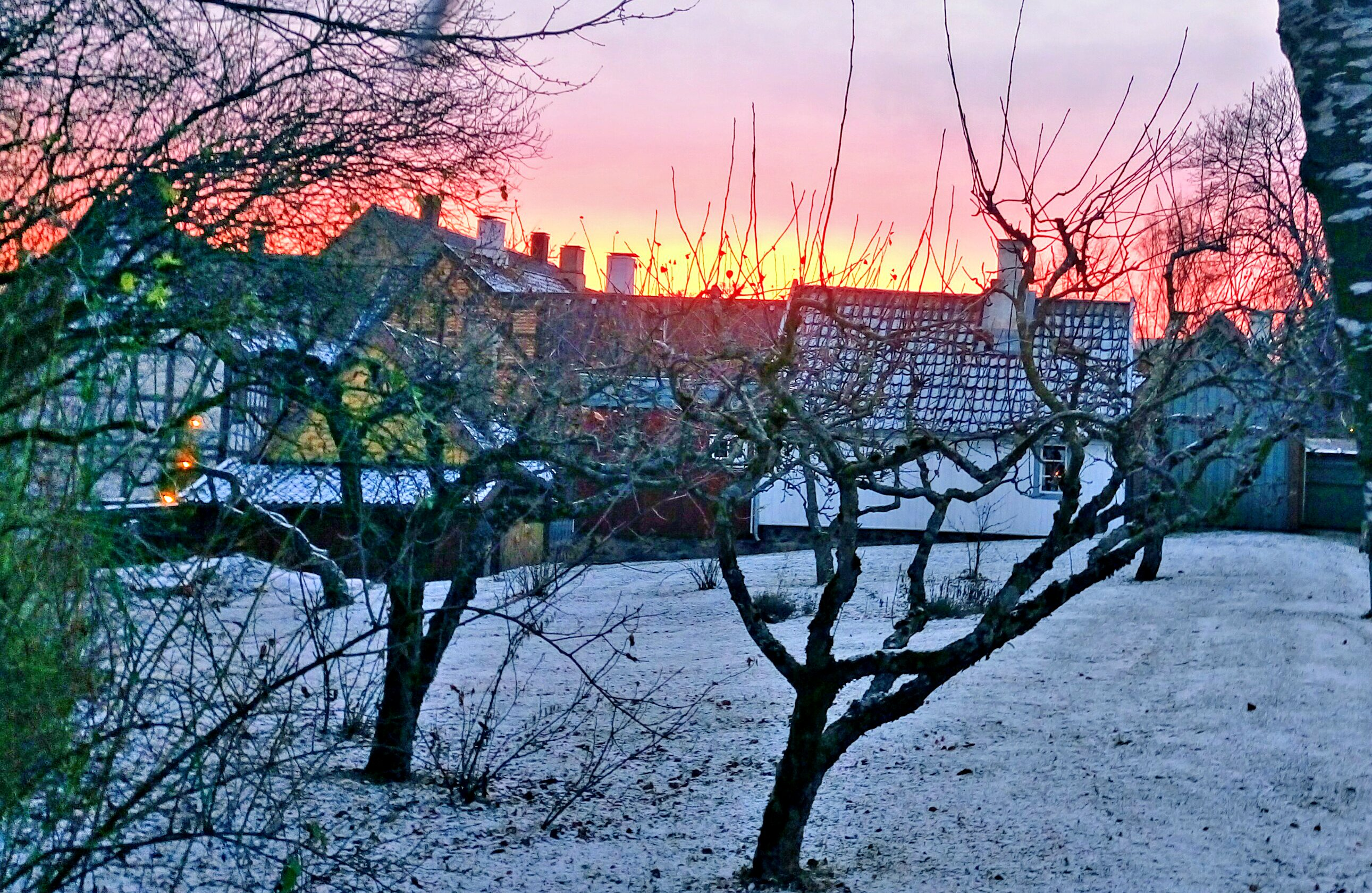 Sunset at 1530 above «Christiania».
