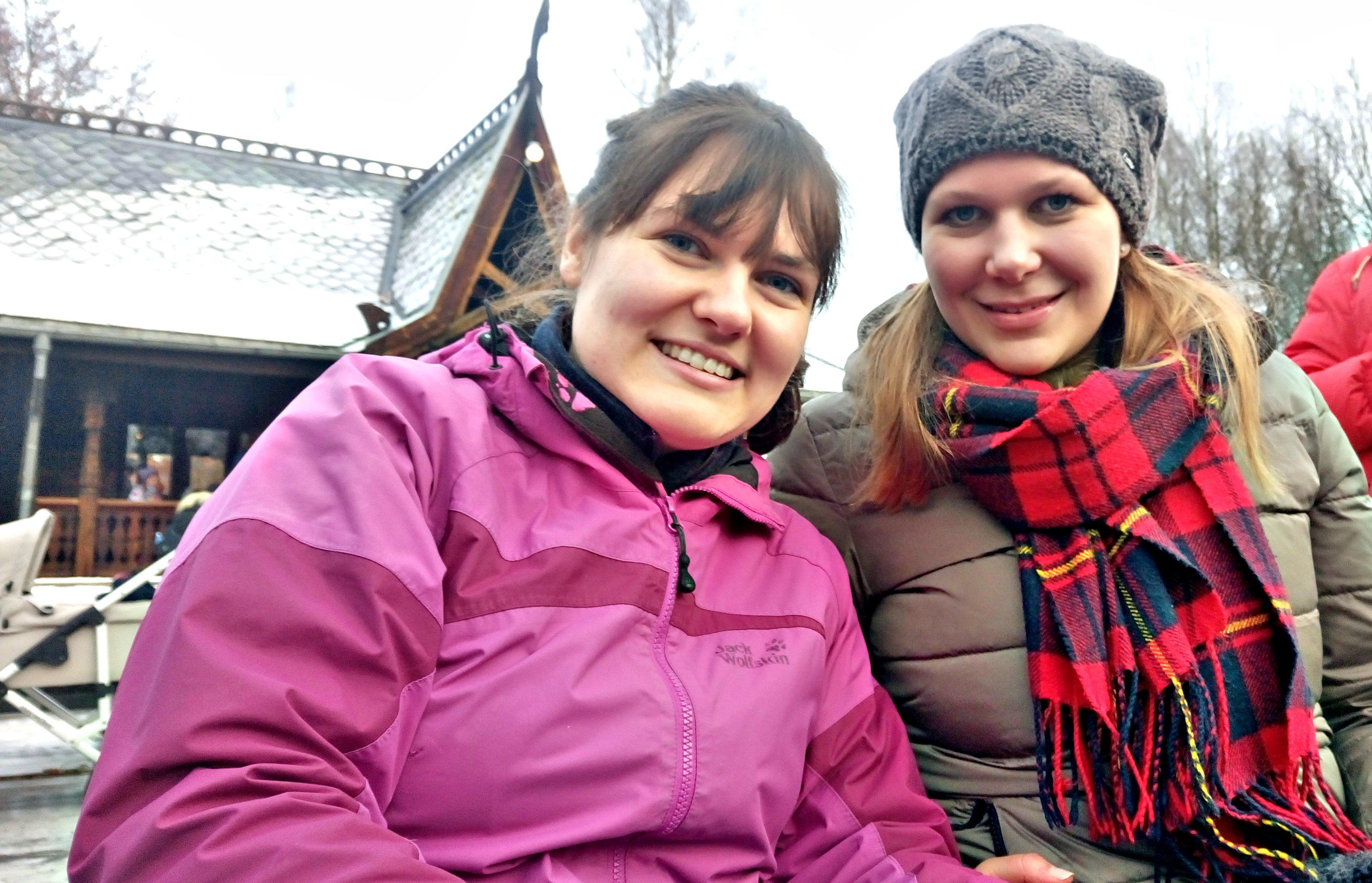 julemarked-tyske-jenter