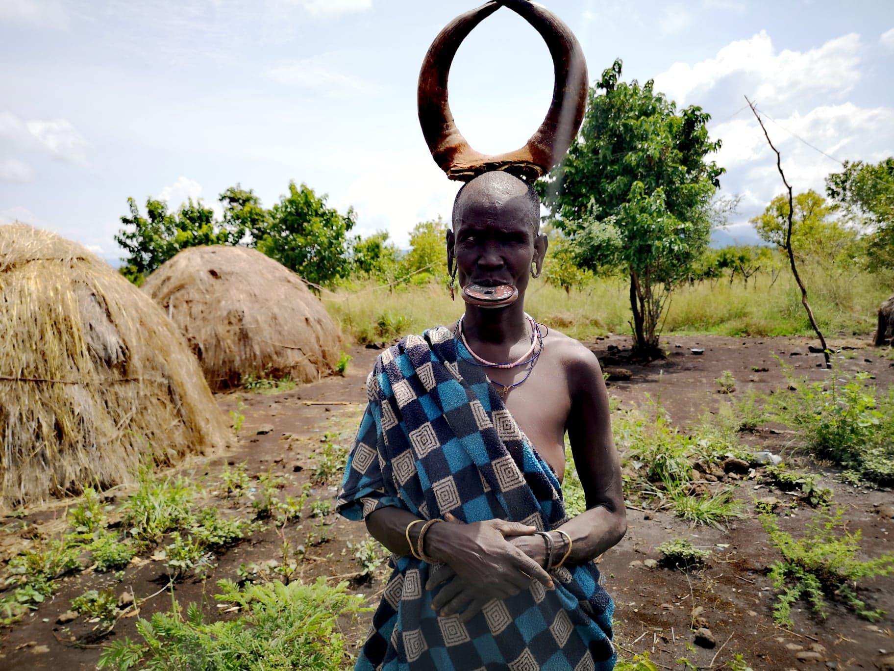 Mursi-damene i Etiopia: Når leppestørrelsen teller